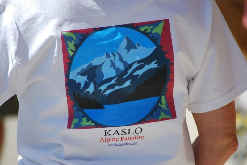 Kaslo Gallery t-shirt closeup
